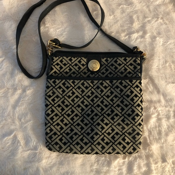 Tommy Hilfiger  cross body used once